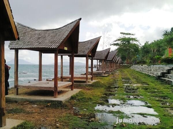 gazebo kahai beach