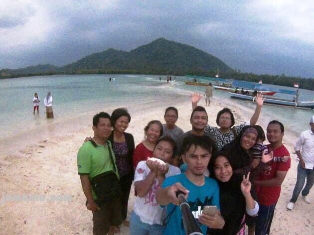 liburan di Pulau Pahawang Lampung