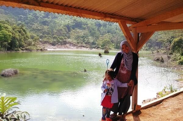 tempat wisata di lampung danau hijau ulubelu
