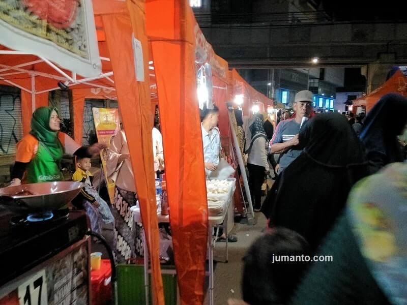 gambar tempat kuliner di sudirman night walk palembang